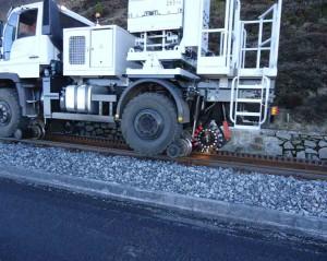 camion rail route unimog U400