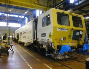 maintenance atelier bourreuse ferroviaire